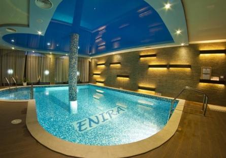 2 нощувки със закуски + ползване на басейн с МИНЕРАЛНА ВОДА, джакузи, сауна и парна баня от хотел